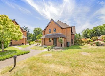 Heathlands Court, Wokingham, Berkshire RG40. 3 bed end terrace house