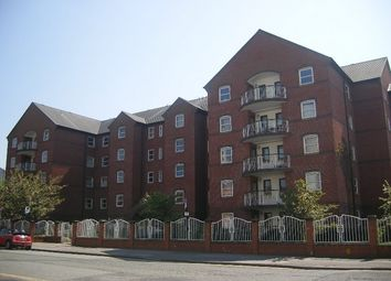 Thumbnail 2 bedroom flat to rent in Hathersage Road, Manchester