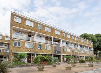 Thumbnail 4 bed maisonette to rent in Swaton Road, Shoreditch