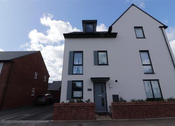 3 bed town house for sale in Dowsell Way, Yate, Bristol BS37