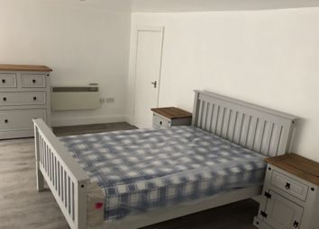 Thumbnail 5 bed shared accommodation to rent in Cheltenham Road, Bristol