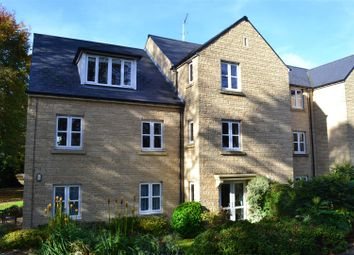 Thumbnail 2 bed flat for sale in Wards Road, Chipping Norton