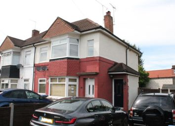 2 bed maisonette to rent in Greenmoor Road, Enfield EN3