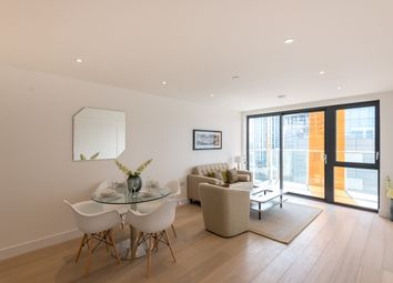 Thumbnail 2 bed flat to rent in Commercial Street, Aldgate East