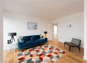 Thumbnail 2 bedroom flat for sale in Totteridge Lane, Totteridge, London
