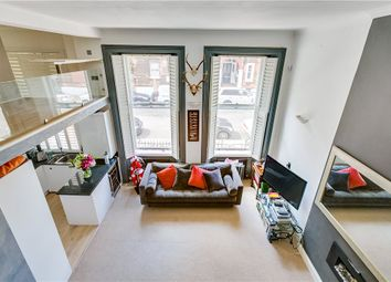 Nevern Square, Earls Court, London SW5. 2 bed flat