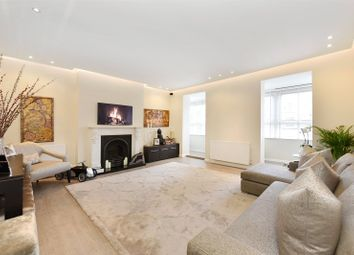 Thumbnail 3 bed flat for sale in Arkwright Road, Hampstead, London
