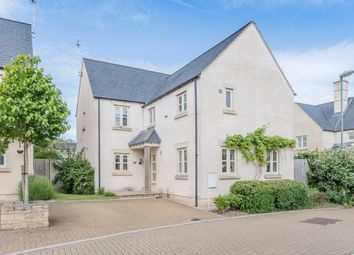Thumbnail 4 bedroom detached house for sale in Cornwall Close, Tetbury