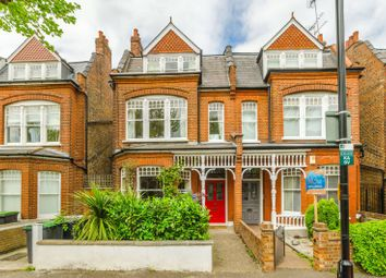 Thumbnail 2 bedroom flat for sale in Kings Avenue, Muswell Hill