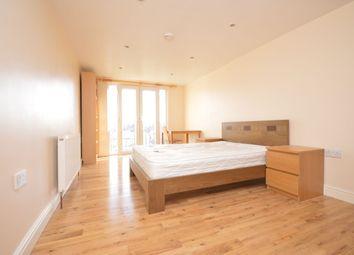 Thumbnail Room to rent in Bellingham Road, London