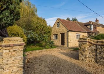 Thumbnail 2 bed cottage for sale in Mill Road, Marcham, Abingdon