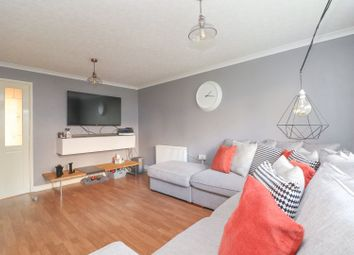 Thumbnail 1 bed flat for sale in Fairfield Road, Dunstable
