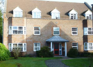 Thumbnail 2 bedroom flat to rent in York Mews, Alton, Hampshire