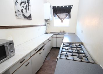 Thumbnail 4 bed flat to rent in Cape Hill, Smethwick, West Midlands