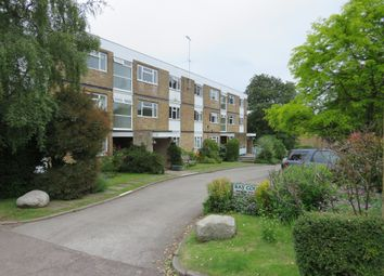 Thumbnail 2 bedroom flat for sale in Doctors Commons Road, Berkhamsted