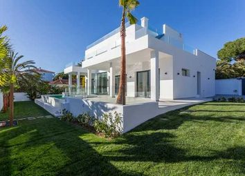 Thumbnail 5 bed villa for sale in Marbesa, Marbella East, Costa Del Sol