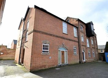 Thumbnail 2 bedroom flat to rent in Bartholomew Street, Newbury
