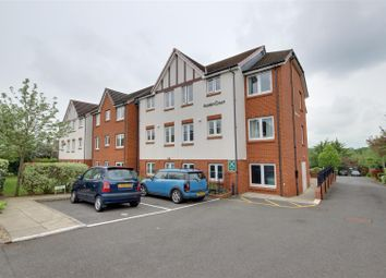 Thumbnail 2 bedroom flat for sale in Winchmore Hill Road, London