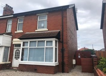 2 bed flat to rent in Woodlands Road, Lytham St. Annes FY8