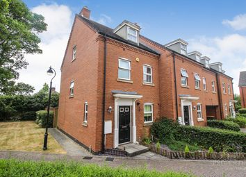 Thumbnail 3 bedroom town house to rent in Shire Road, Clapham, Bedford
