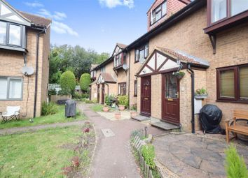 Thumbnail 2 bed property to rent in Rotherwood Close, London