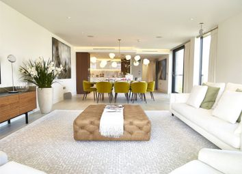 Thumbnail 2 bed flat for sale in Chelsea Harbour, London
