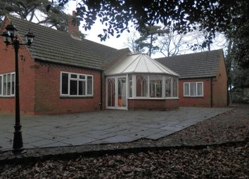 Thumbnail 4 bed detached bungalow to rent in Belfield Gardens, Nottingham