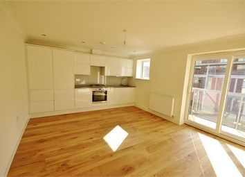 Thumbnail 2 bed flat to rent in Whippendell Road, Watford