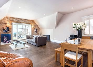 Thumbnail 3 bedroom flat for sale in Grand Avenue, Hove