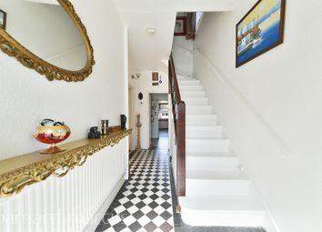 Heston Avenue, Heston, Hounslow TW5. 3 bed semi-detached house