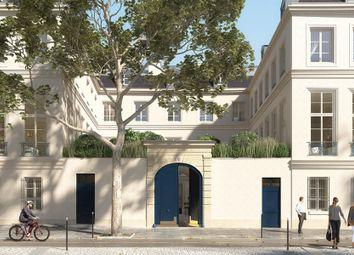 Thumbnail 4 bed apartment for sale in Paris, Île-De-France, France