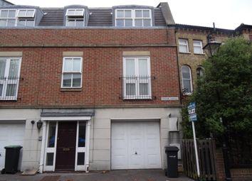 Thumbnail 2 bed flat to rent in Queens Road, Gosport