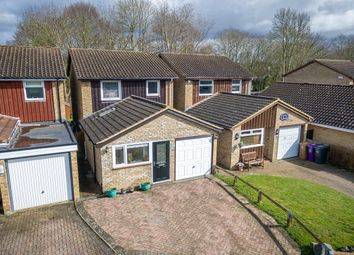 Thumbnail Detached house for sale in Dents Close, Letchworth Garden City
