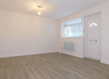 1 bed flat to rent in Galdana Avenue, New Barnet, Barnet EN5