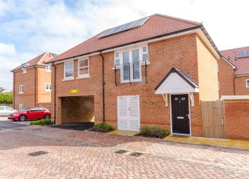 Thumbnail 2 bed flat for sale in Robinson Avenue, Maidstone, Kent