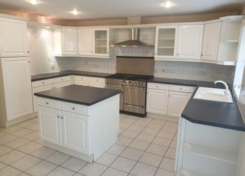 Thumbnail 5 bed town house to rent in Palmerston Road, Buckhurst Hill, Essex