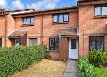 2 bed terraced house for sale in Drum Mead, Petersfield, Hampshire GU32