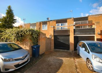 Thumbnail 4 bedroom terraced house to rent in Greenlands, Cambridge