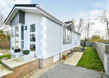 Thumbnail 2 bed mobile/park home for sale in Priors Walk, St. Johns Priory, Lechlade