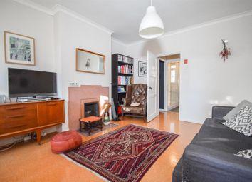 Mayville Estate, London N16. 3 bed flat for sale
