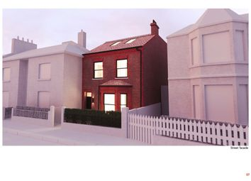 Thumbnail 5 bed detached house for sale in Ravenscourt Gardens, London