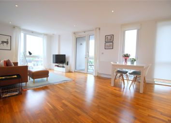 3 bed flat to rent in John Donne Way, London SE10