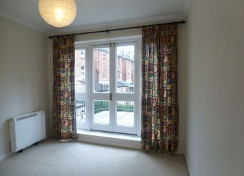 Thumbnail 1 bed flat to rent in Kent Road, Southsea