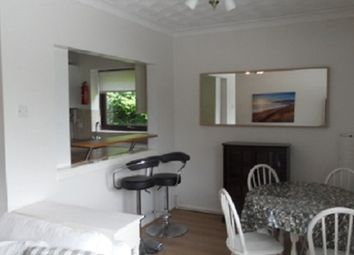 2 bed flat to rent in Oystermouth Court, Mumbles, Swansea. SA3