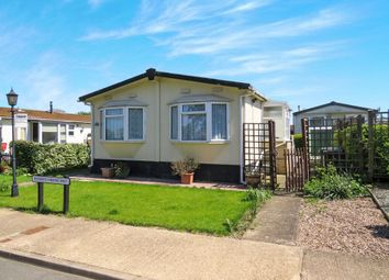 Thumbnail 2 bed mobile/park home for sale in Cottage Gardens, Bedford Road, Rushden
