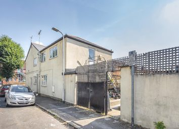 1 bed flat for sale in Cumberland Road, Reading RG1
