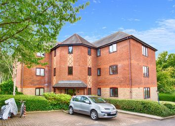 Thumbnail 2 bed flat to rent in Millers Rise, St.Albans