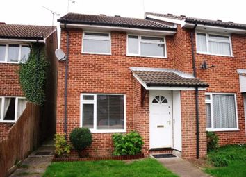 3 bed property to rent in Warrington Square, Billericay CM12