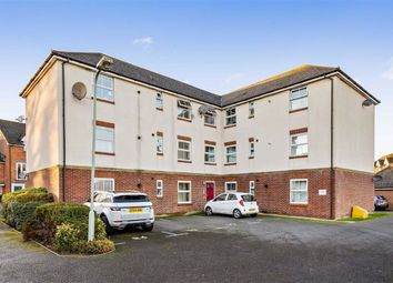 2 bed flat for sale in Hurst Road, Kennington, Ashford TN24