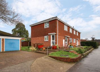 Croft Lane, Edenbridge TN8. 1 bed flat for sale